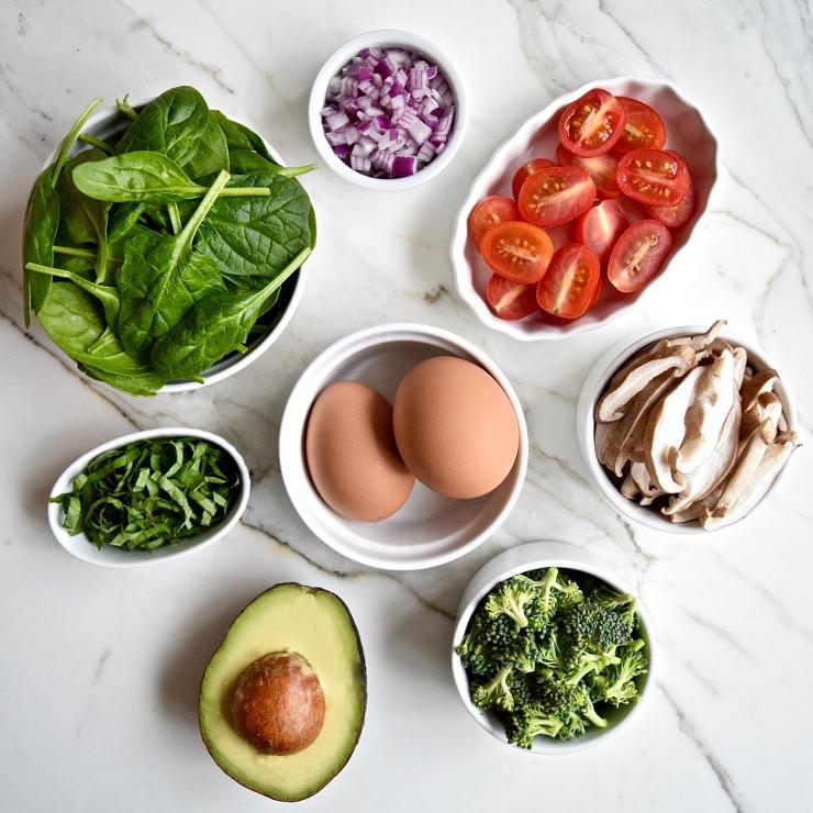 Spiksplinternieuw Power-ontbijt met groente en ei & Toast met avocado DG-98