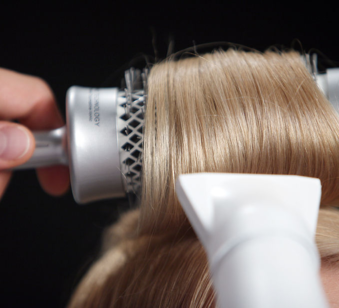 Use Nioxin thickening gel with styling techniques for optimal effect